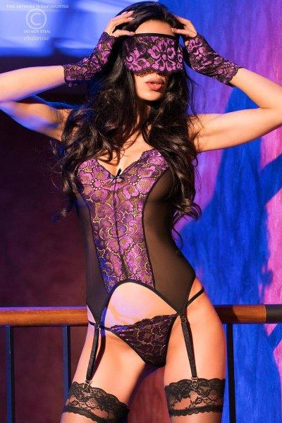 Violette Corsage mit Maske und Handstulpen